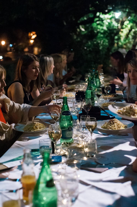 Dinner van een bruiloft in Italië aan de Cilento kust